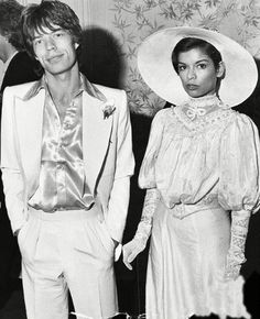 When it comes to Studio 54 chic Mick Jagger's first wife Bianca Jagger is everything (drops mic and walks off stage) carry on! Bianca Jagger, Mick Jagger Wife, Studio 54 Fashion, 70s Fashion, Vintage Fashion, Celebrity Couples, Celebrity Weddings, Moves Like Jagger, Star Wedding