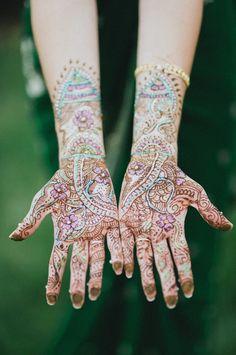 Bridal Henna/Mehendi Designs from Real Weddings Henna Mehndi, Henna Art, Mehendi, Mehndi Art, Henna Mandala, Mandala Tattoo, Henna Color, Wedding Henna, Bridal Henna