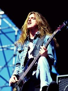 "Clifford Lee ""Cliff"" Burton"