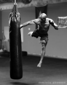 ♂ world Martial Arts Muay Thai black and white superman punch