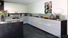 Küche in Hochglanz Kitchen Island, Home Decor, Island Kitchen, Decoration Home, Room Decor, Home Interior Design, Home Decoration, Interior Design