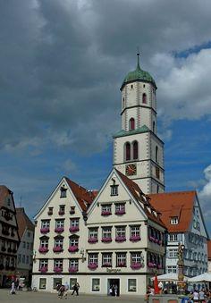 Biberach an der Riß, Blick vom Marktplatz zur St.Martins-Kirche, Aug.2012