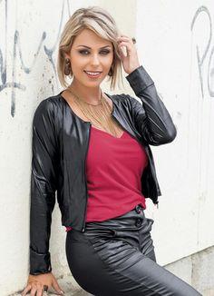 d30776ed7 Jaqueta Feminina Preta - Posthaus Vestido Cinza, Jaqueta, Cachecol  Vermelho, Casaco Quente,