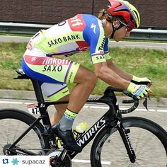 #Repost @supacaz with @repostapp. ・・・ Peter Sagan pinning it and giving is all during the Tour de France. Sagan loves his Super Sticky Kush tape! @petosagan #petosagan #supacaz #superstickykush #neonyellow #tourdefrance #tdf #roadbike #bikeporn #iamspecialized #bike #cycling
