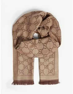 Lv Scarf, Wool Scarf, Casual Outfits, Cute Outfits, Girly Outfits, Fashion Outfits, Double Breasted Jacket, Scarf Hairstyles, Minimal Fashion