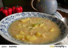 Fazolová polévka mojí babičky recept - TopRecepty.cz Cheeseburger Chowder, Pickles, Treats, Recipes, Soups, Sweet Like Candy, Goodies, Recipies, Soup