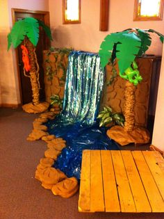 Jungle safari photo booth idea Or in the vestibule at #CampKilimanjaro