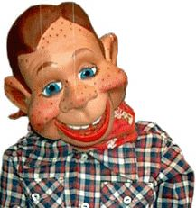 Howdy Doody wasn't alone on screen as a puppet master. Description from… Howdy Doody, Buffalo Wild Wings, Creepy Pictures, Puppet Show, Good Ole, Kids Shows, Cartoon Kids, Puppets, Cartoon Characters