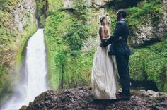 Waterfall Elopement in the Rainforest: Jessi + Cody Columbia River Gorge! Forest Wedding, Boho Wedding, Destination Wedding, Dream Wedding, Wedding Day, Wedding Dreams, Perfect Wedding, Wedding Stuff, Wedding Styles