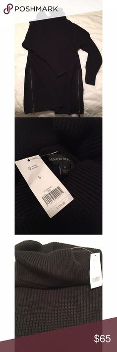 NWT Banana Republic Tunic turtleneck sweater Very thick cotton ribbed Tunic sweater- very warm & cozy. Side zippers- 30.5 inches from shoulder to hem brand new with tags Banana Republic Sweaters Cowl & Turtlenecks