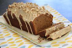 Aujourd'hui c'est un bon gâteau bien moelleux.. délicieusement parfumé au café .. qui a pas mal circulé sur la blogosphère... une fois qu'on y a goûté.. l'on comprends pourquoi.. ;) ici .. on l'a adoré.. et chez vous ? c'est parti pour la recette... Ingrédients...