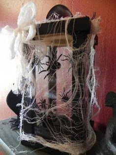 DIY Halloween Crafts : DIY Halloween Lantern