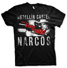 Camiseta Narcos, Cartel Medellín  Camiseta de manga perteneciente a Narcos, bajo el nombre de Cartel de Medellín.