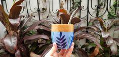 Mates pintados Painted Flower Pots, Mandala, Pottery, Flowers, Diy, Crafts, Painting, Ideas, Mugs
