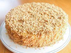 Coconut and vanilla cake Cake Recipes, Dessert Recipes, Sweet Corner, Norwegian Food, Pastry Cake, Sweet Cakes, Yummy Cakes, Let Them Eat Cake, Vanilla Cake
