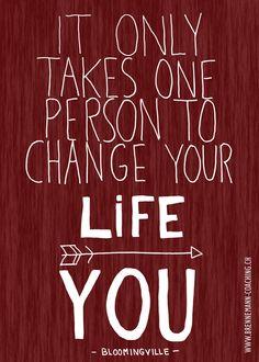 """""""It only takes one person to change your life: YOU"""" Hand Lettering - Text und Ornamente sind handgezeichnet, eingescannt, invertiert; Hintergrund mit Photoshop erstellt. Kirsten Brennemann"""