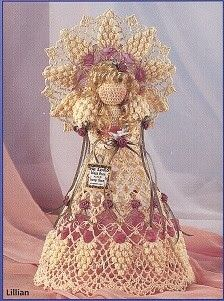 Crochet Angels - All in openwork . Crochet Angel Pattern, Crochet Angels, Crochet Patterns, Christmas Angel Ornaments, Christmas Crafts, Crochet Doilies, Crochet Lace, Grapevine Wreath, Burlap Wreath