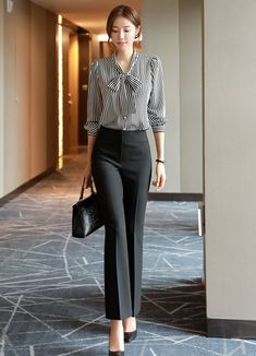 business attire tips Office Outfits Women, Stylish Work Outfits, Business Casual Outfits, Classy Outfits, Chic Outfits, Business Attire, Woman Outfits, Office Uniform For Women, Office Fashion Women