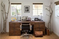 42 Awesome Rustic Home Office Designs | DigsDigs...some awesome art studios included!