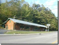 Ron and Jennifer's Mountain Lodge #Restaurant.# Gatlinburg, TN- A local favorite for home cooked food and a down home atmosphere!