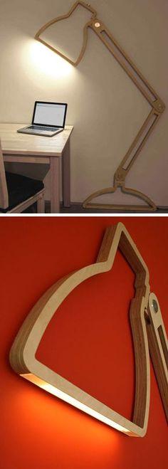 Una lámpara en 2D. Una escultura para trabajar con clase.