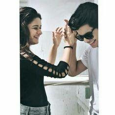 Follow Me Rishita Surve•̀.̫•́✧ Teen Celebrities, Bollywood Celebrities, Photo U, Genuine Smile, Prettiest Actresses, Dressing Sense, Photography Pics, Best Friendship, Stylish Girl Images
