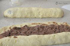 cozonaci 128 Deserts, Bread, Sweet, Kitchens, Recipe, Romanian Recipes, Finger Food Recipes, Bakken, Candy