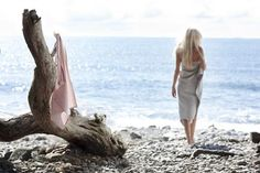 By the sea. Fall Pictures, Love Pictures, Shades Of Blonde, Different Seasons, Island Girl, Beach Bum, Favorite Holiday, Stylists, Long Hair Styles