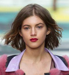 33 coupes qui donnent du volume aux cheveux fins Coupe