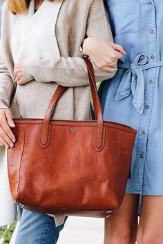 Mother-daughter style at its best. Shop @sarapopepourri's Sydney shopper tote and keep sharing your #FossilStyle on Instagram for a chance to win a $1500 Fossil shopping spree (don't forget to fill out the form).