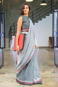 Blouse Patterns, Blouse Designs, Salwar Suit Neck Designs, Formal Saree, Saree Dress, Sari, Saree Look, Fashion Marketing, Formal Looks