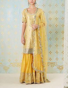 Ivory Lehenga with Kurta Set Sharara Designs, Lehenga Designs, Indian Dresses, Indian Outfits, Function Dresses, Plazzo Suits, White Kurta, Mehndi Dress, Indian Embroidery