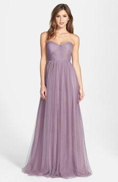 """Pin for Later: Die 45 schönsten Kleider (& 5 coole Jumpsuits) für den besten Abiball aller Zeiten  Jenny Yoo """"Annabelle"""" trägerloses, langes Kleid (231 €)"""