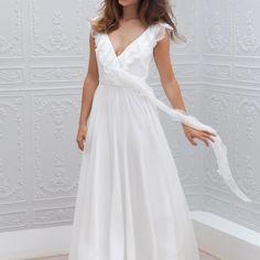 A-Line/Princess V-neck Floor-Length Chiffon Wedding Dress With Lace Elegant Wedding Dress, White Wedding Dresses, Cheap Wedding Dress, Bridal Gowns, Wedding Gowns, Marie Laporte, Wholesale Wedding Dresses, Wedding Dress Pictures, Beach Dresses