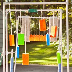 LoL We should make this for the kids! Sponges and soft objects hanging from PVC pipes add to the bike car wash. Fun Crafts For Kids, Diy For Kids, Activities For Kids, Kids Fun, Kid Crafts, Easy Crafts, Kid Car Wash, Dyi, Outdoor Fun
