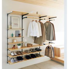 Open wardrobe traditional wardrobe furniture Open wardrobe traditional wardrobe furniture The post Open wardrobe traditional wardrobe furniture appeared first on Kleiderschrank ideen. Bedroom Closet Design, Wardrobe Design, Closet Designs, Bedroom Decor, Open Wardrobe, Wardrobe Closet, Perfect Wardrobe, Organiser Son Dressing, Simple Closet