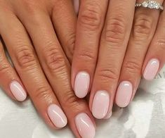 Pink nails | manicure | chic nails |