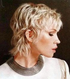 Today we have the most stylish 86 Cute Short Pixie Haircuts. Pixie haircut, of course, offers a lot of options for the hair of the ladies'… Continue Reading → Mullet Haircut, Mullet Hairstyle, Pixie Haircut, Short Hair With Layers, Short Hair Cuts, Shaggy Pixie Cuts, Shaggy Hair, Short Shag Hairstyles, Cool Hairstyles