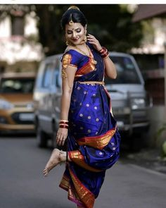 Image may contain: one or more people, people standing and outdoor Indian Bride Photography Poses, Indian Bride Poses, Indian Bridal Photos, Wedding Couple Poses Photography, Indian Bridal Outfits, Indian Bridal Fashion, Indian Bridal Wear, Saree Hairstyles, Nauvari Saree