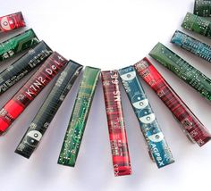 Tie bar - Geeky Tie clip - Computer tie bar - circuit board - Recycled Computer Great combination of geeky modern and classic accessory Circuit board piece was cut and Cufflinks And Tie Clips, Diy Gifts, Handmade Gifts, Tie Accessories, Vintage Cufflinks, Circuit Board, Vintage Watches, Recycling, Geek Stuff