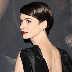 """Anne Hathaway le 10 décembre 2012 à New York pour """"les Misérables""""."""