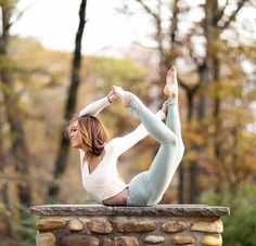 Yoga is not just a workout, it's about working on yourself Photo by j l.yoga by Read Travel Pictures Poses, Yoga Pictures, Yoga Photos, Yoga Girls, Outdoor Yoga, Yoga Inspiration, Pilates, Yoga Training, Yoga Posen