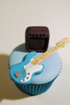 Guitar Cupcake - For all your cake decorating supplies, please visit craftcompany.co.uk