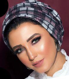 Two pieces wool turban Turban Hijab, Turban Headbands, Turbans, Headbands For Women, Hats For Women, Head Scarf Styles, Turban Style, Abaya Fashion, Two Pieces
