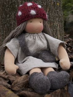 Poupée elfe de la forêt. Jolie!