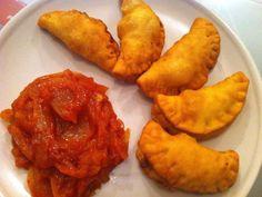Pastels (beignets farcis du Sénégal) - Recette de cuisine Marmiton : une recette