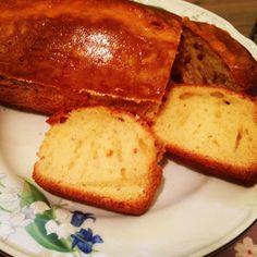 Vanilla biscuit cake.