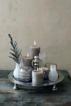 Romantic & Cozy Coffee Table Decor Ideas -- Article ideas for Best Of Modern Design