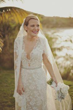 Eclíptica wedding dress | Glamorous Black and White Wedding | Vieques, Puerto Rico | Kristen Marie Photography