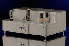 Axis amplifier
